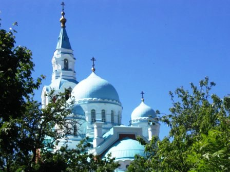 Купола храма